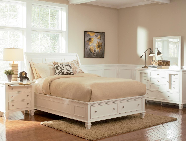 Coaster Sandy Beach White Sleigh Storage Bedroom Set