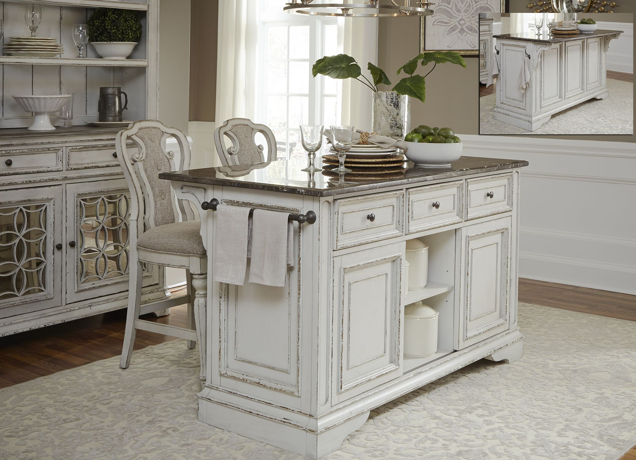 #Kitchen Idea of the Day: Antique White Kitchen Cabinets ...