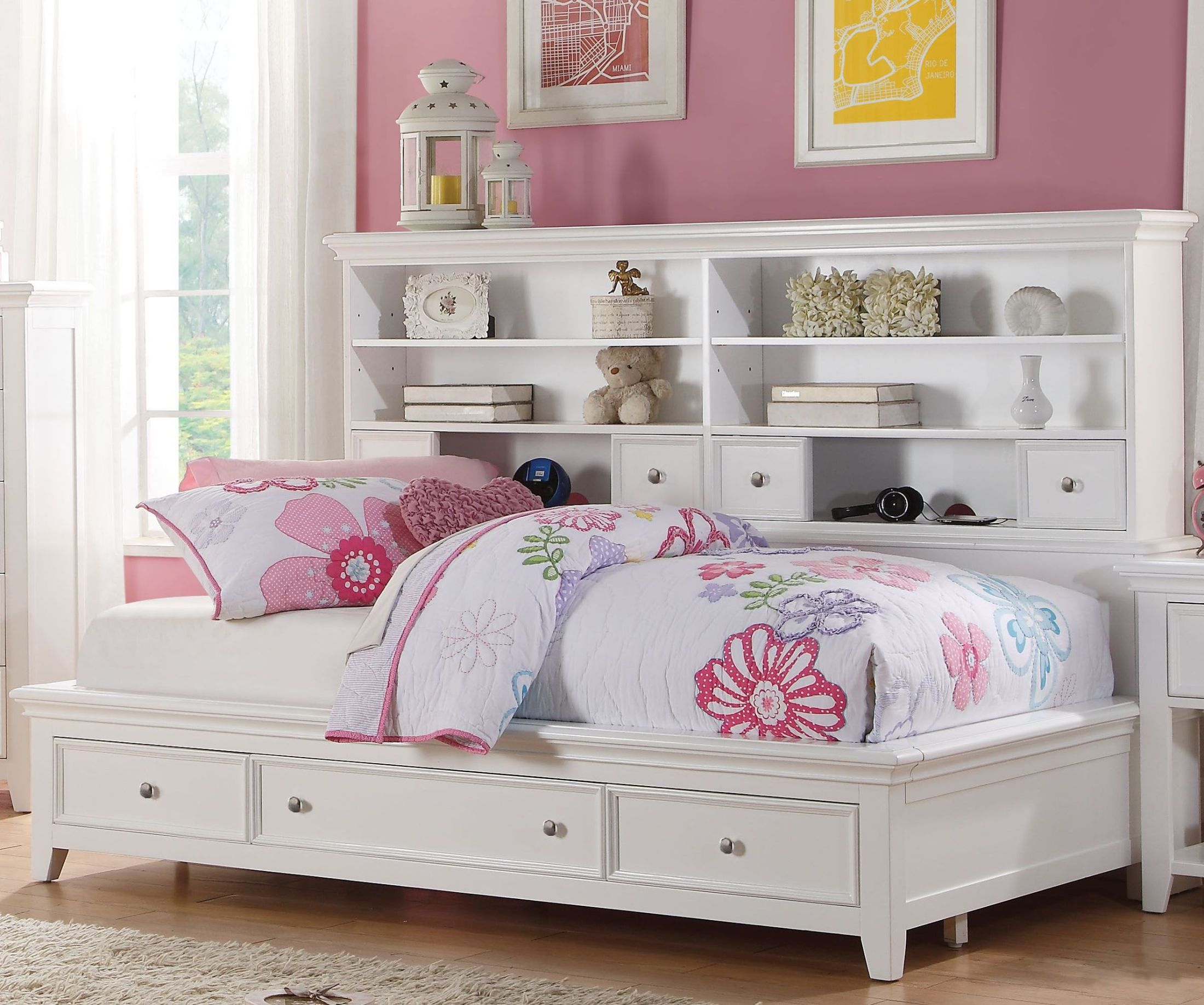 Lacey White Twin Storage Daybed