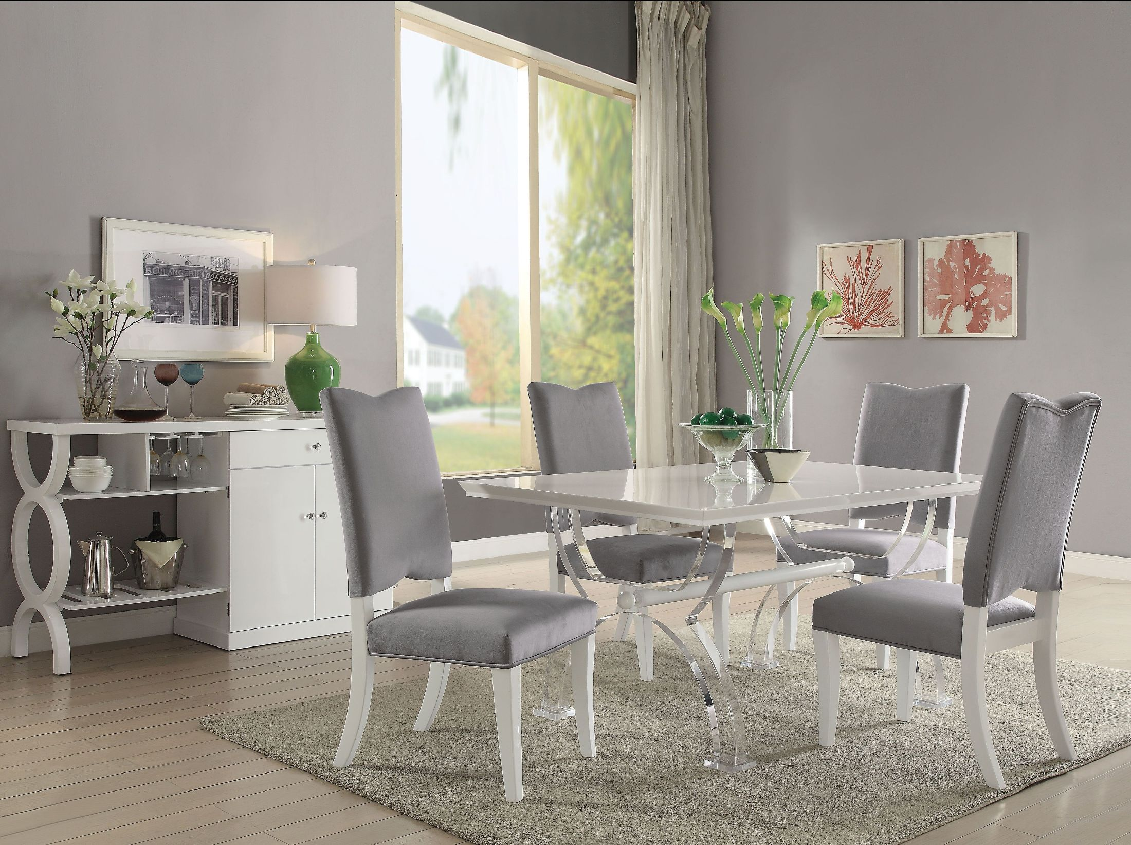 Martinus High Gloss White And Clear Acrylic Dining Room Set