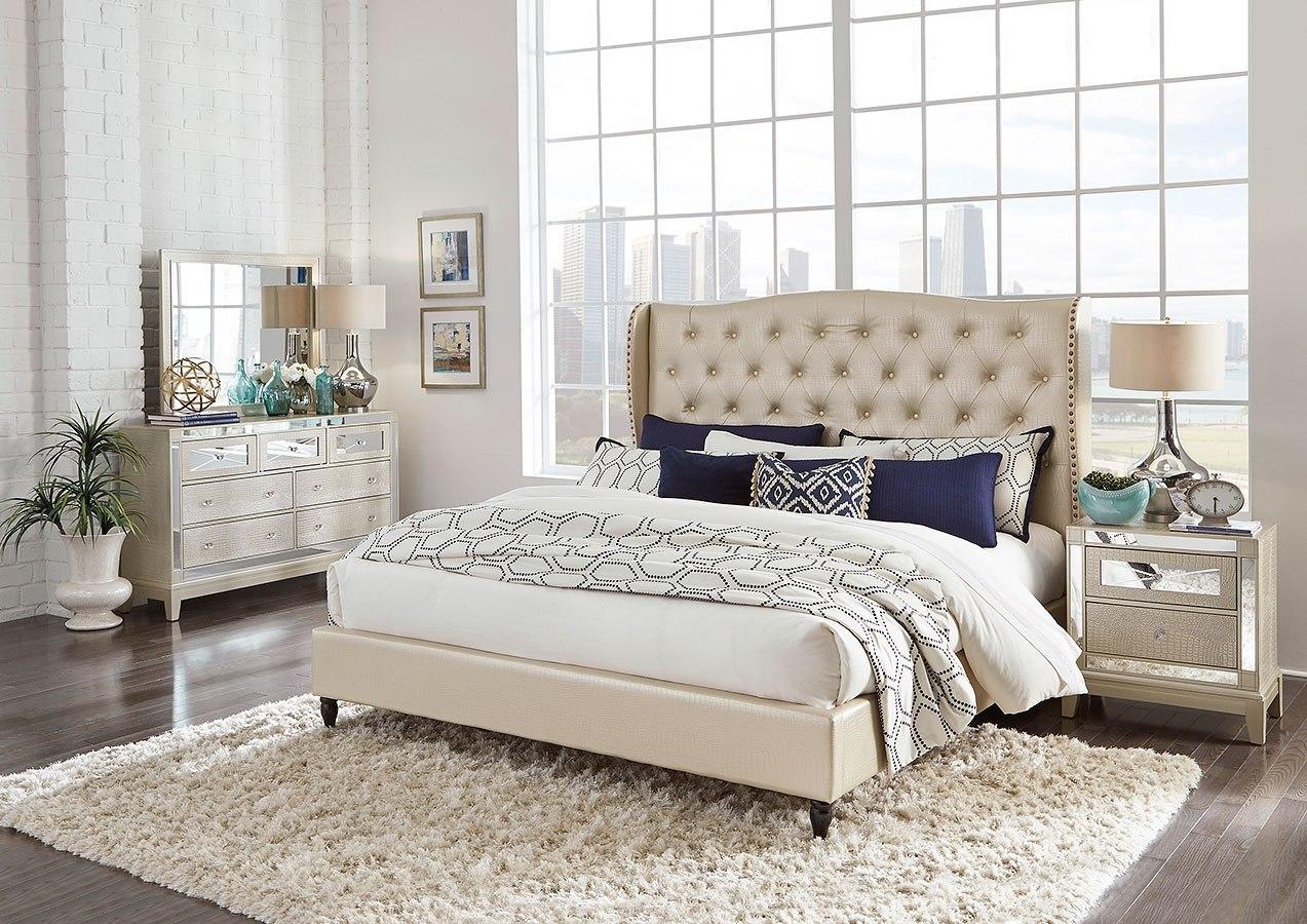 Mirror Upholstered Bedroom Set (Champagne)