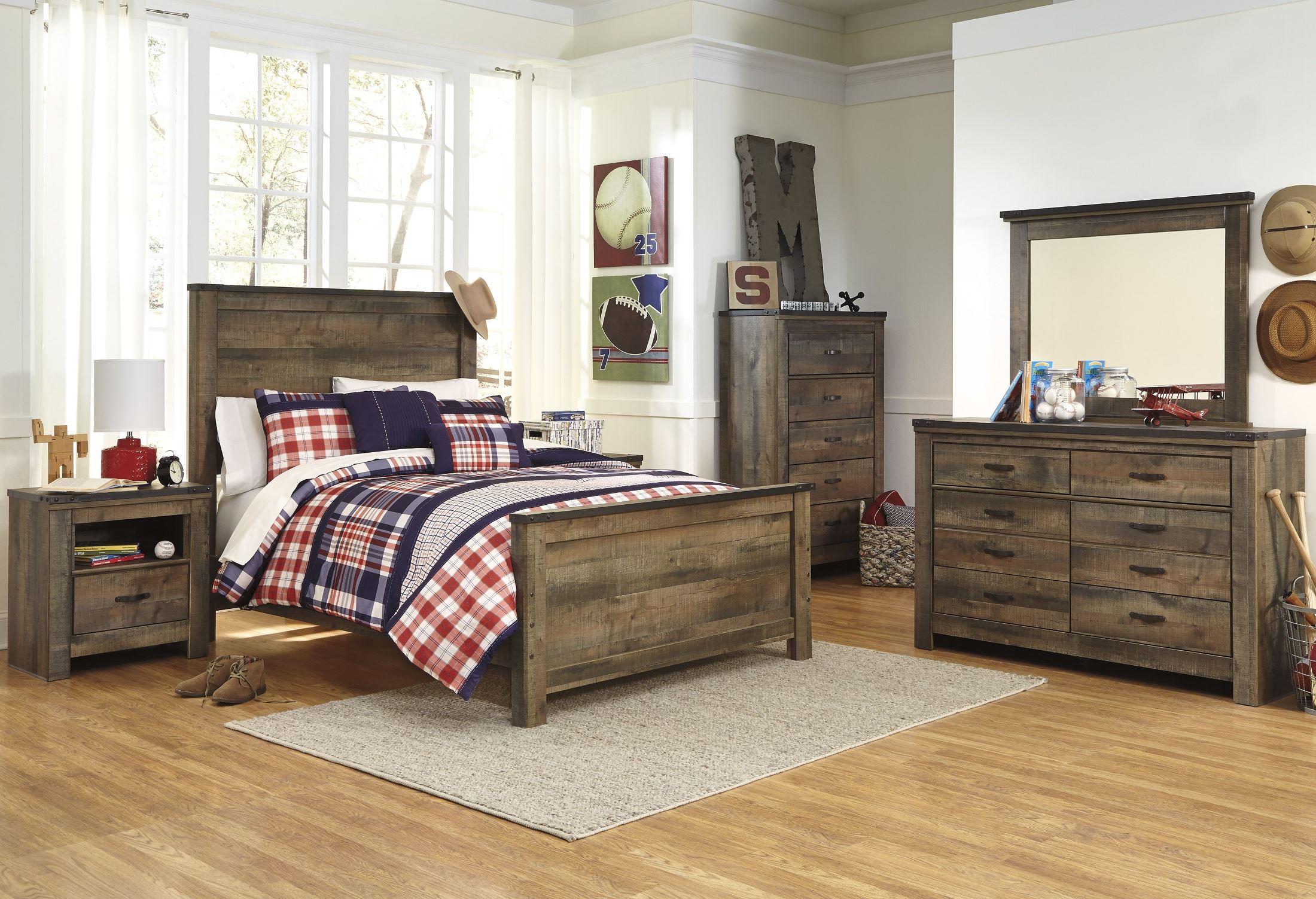 Trinell Brown Panel Bedroom SetMedia Image