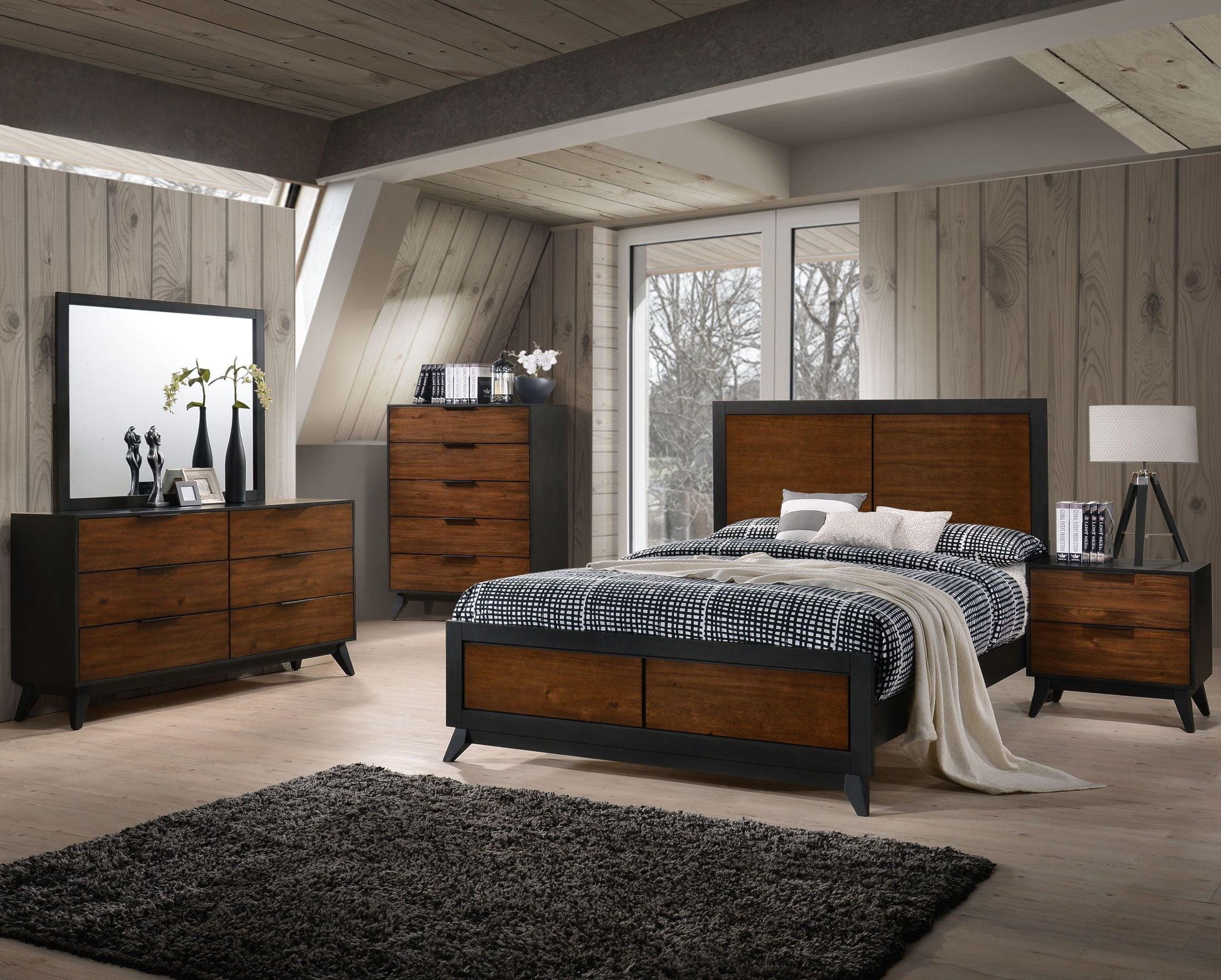 New Classic Studio 26 Two Tone Panel Bedroom Set