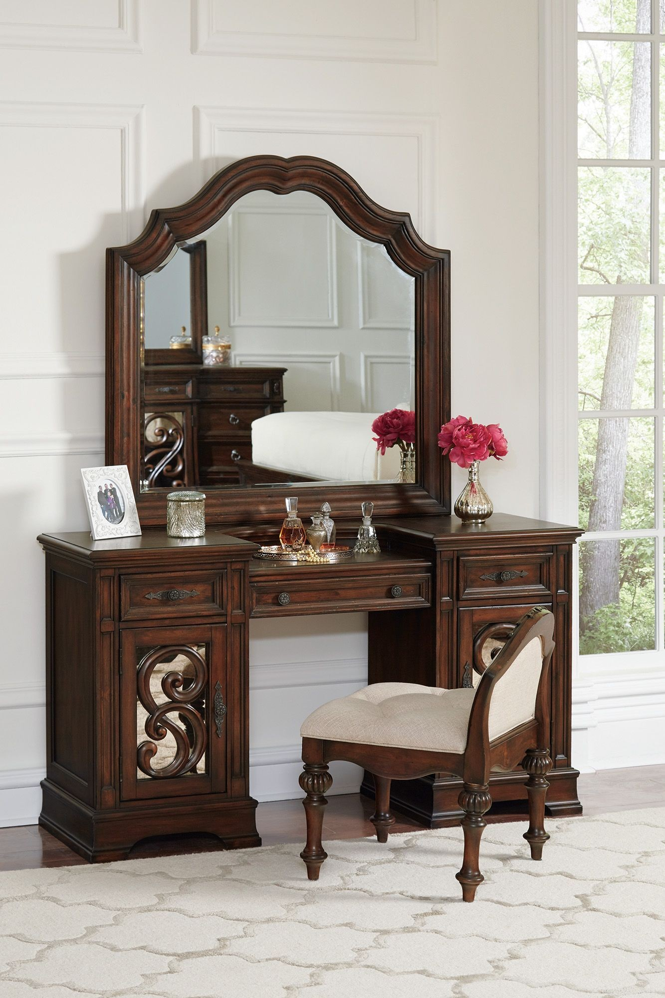 Ilana Antique Java Vanity Desk Media Gallery 1