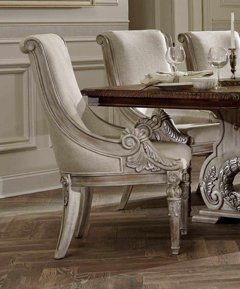 Orleans Ii White Wash Extendable Trestle Dining Room Set
