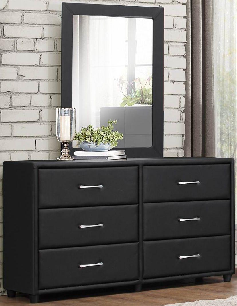 Lorenzi Black Upholstered Platform Bedroom Set