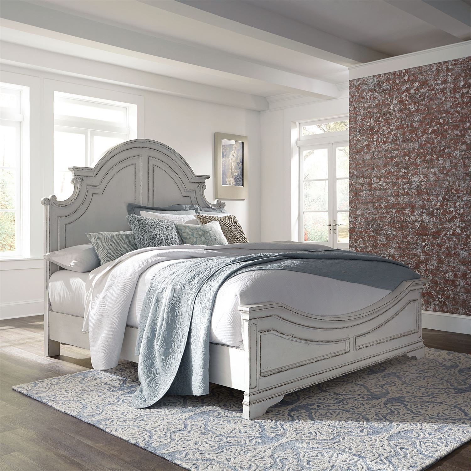 Ashley Furniture Wichita Falls: Magnolia Manor Antique White Panel Bedroom Set