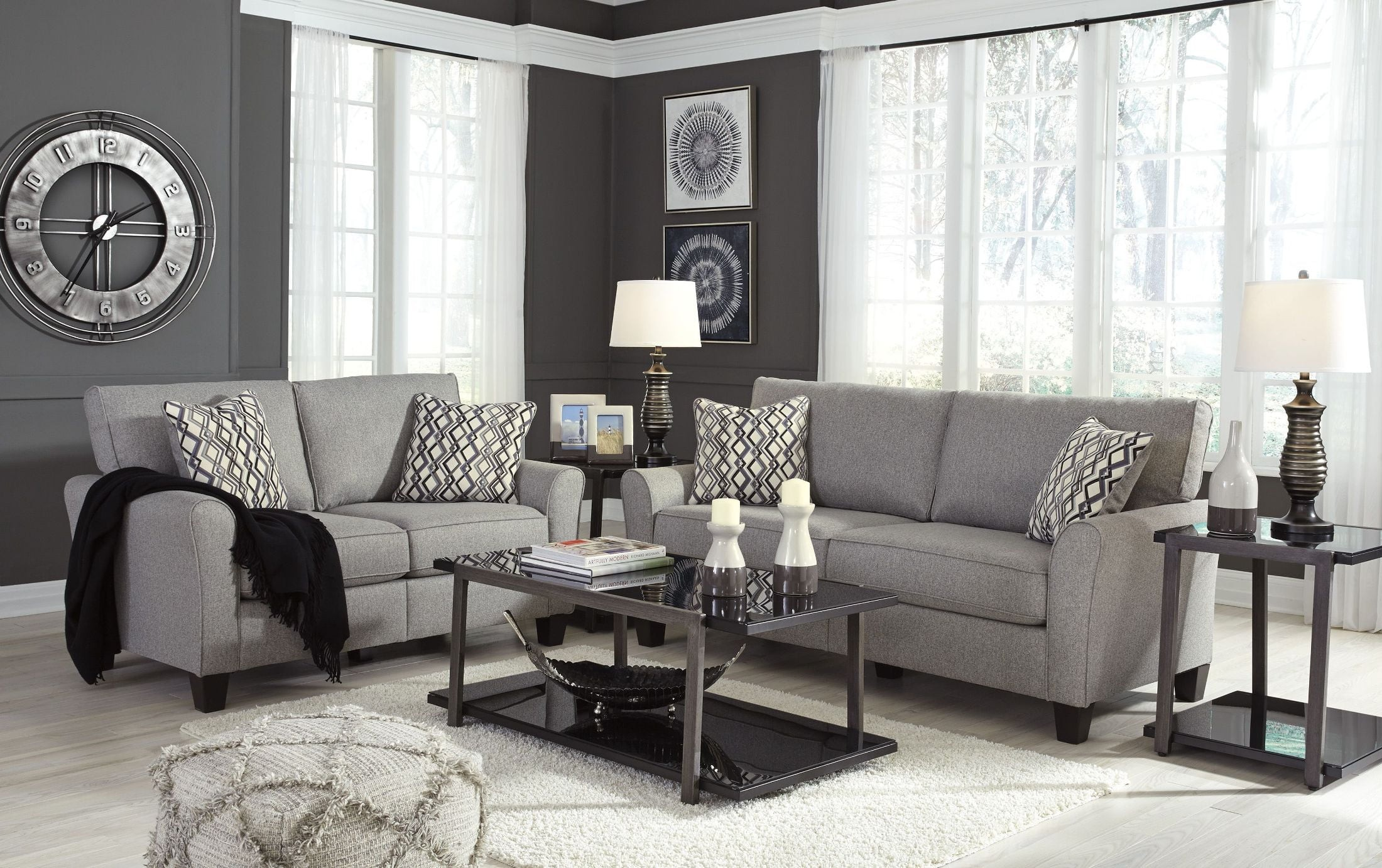 Strehela Silver Living Room Set Media Gallery 1