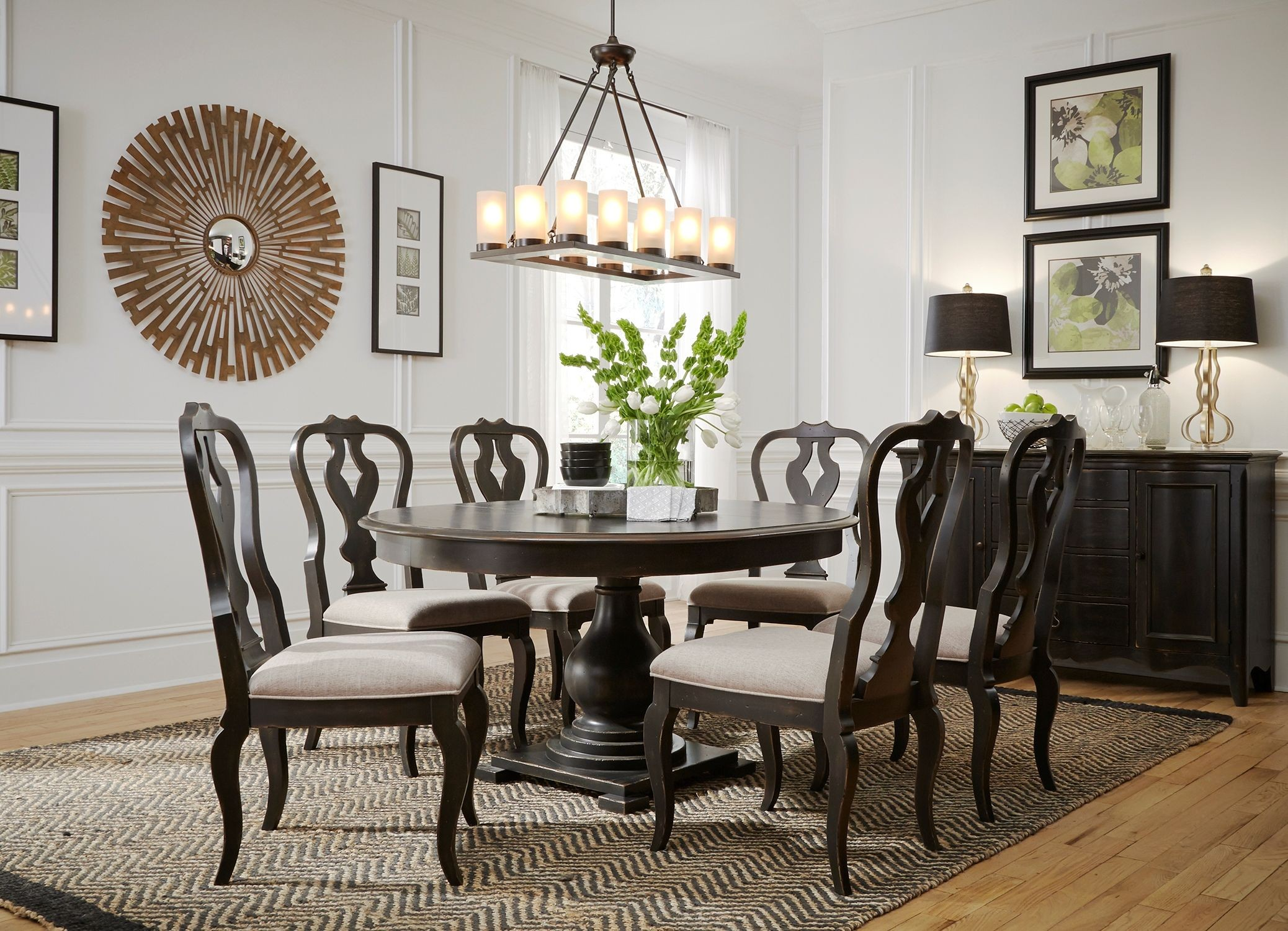 Chesapeake Antique Black Extendable Round Dining Table