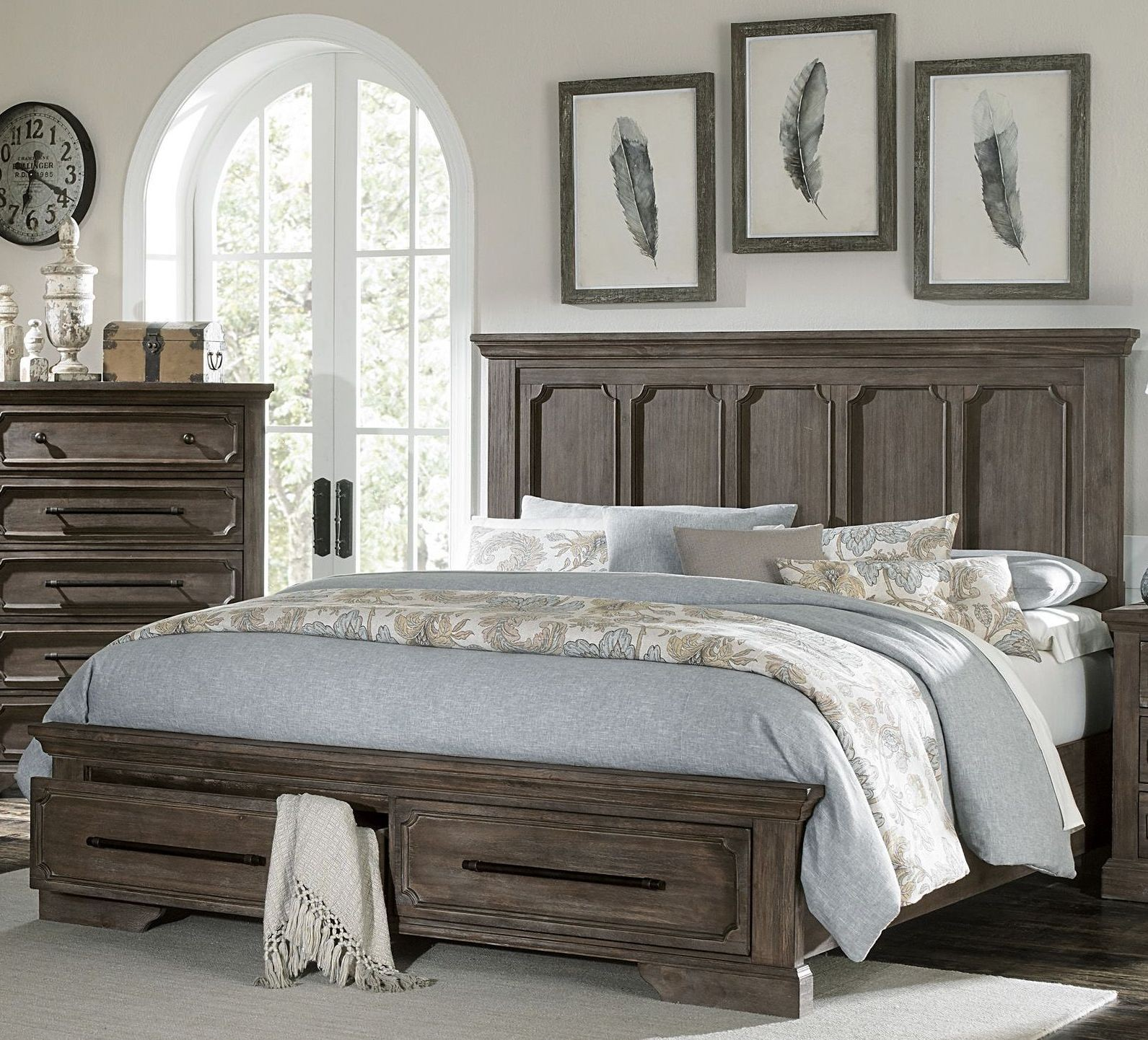 Unique Bedroom Sets: Toulon Unique Rustic Storage Bedroom Set