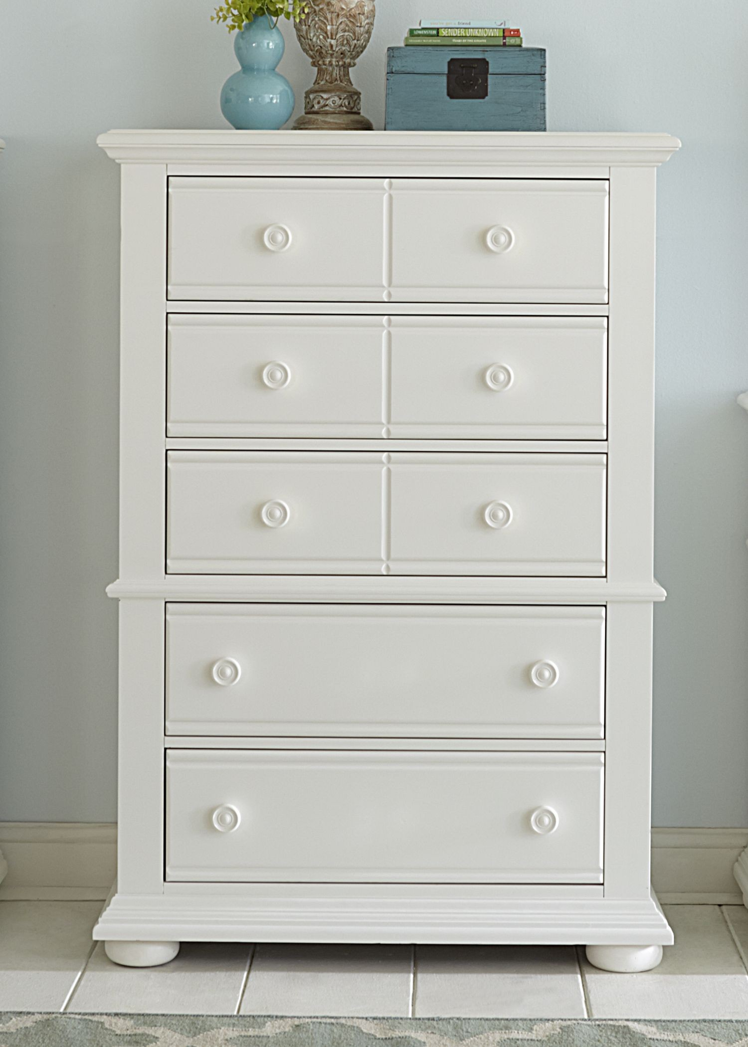 Summer House Oyster White Panel Storage Bedroom Set Media Gallery 5