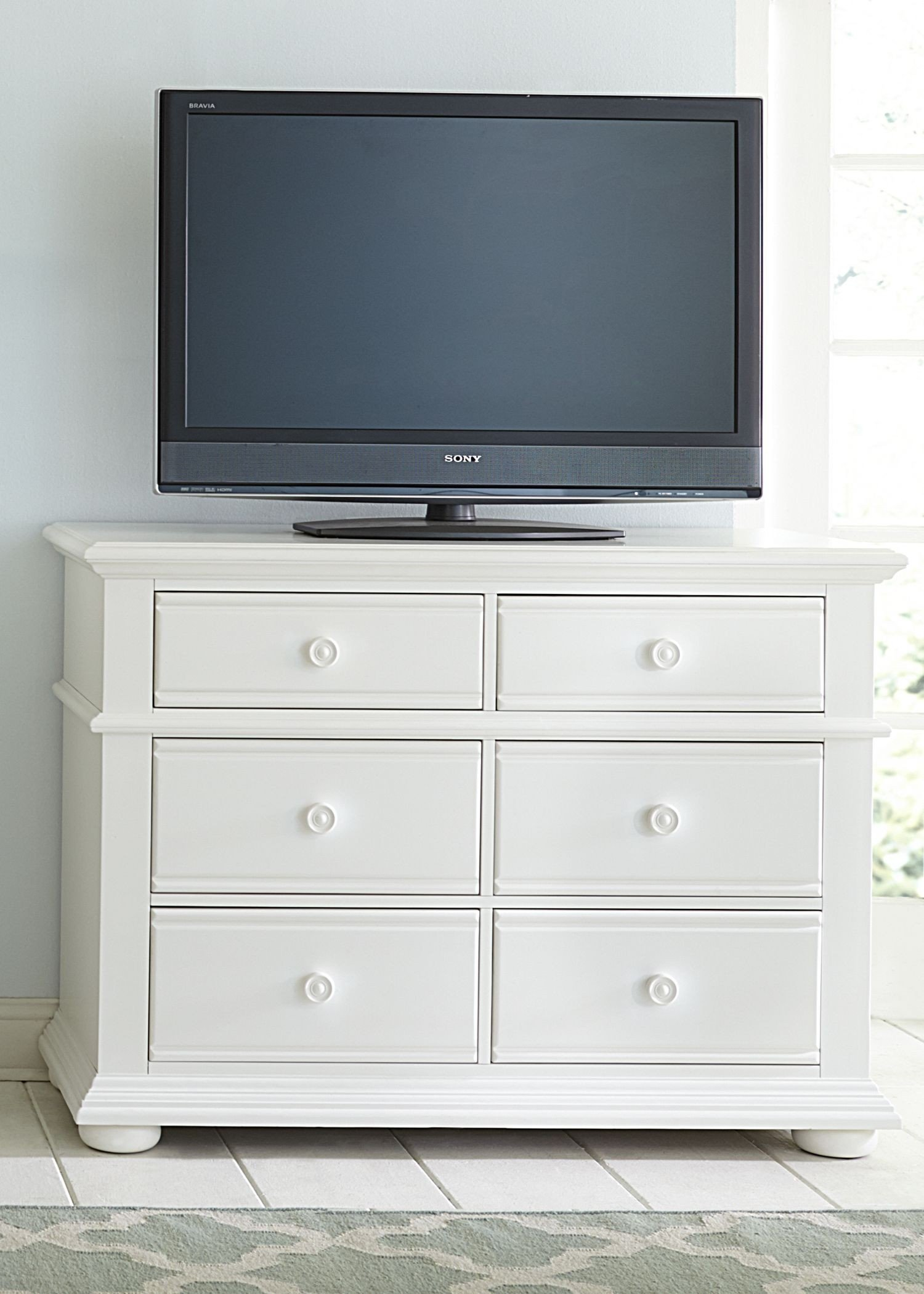Summer House Oyster White Panel Storage Bedroom Set Media Gallery 7