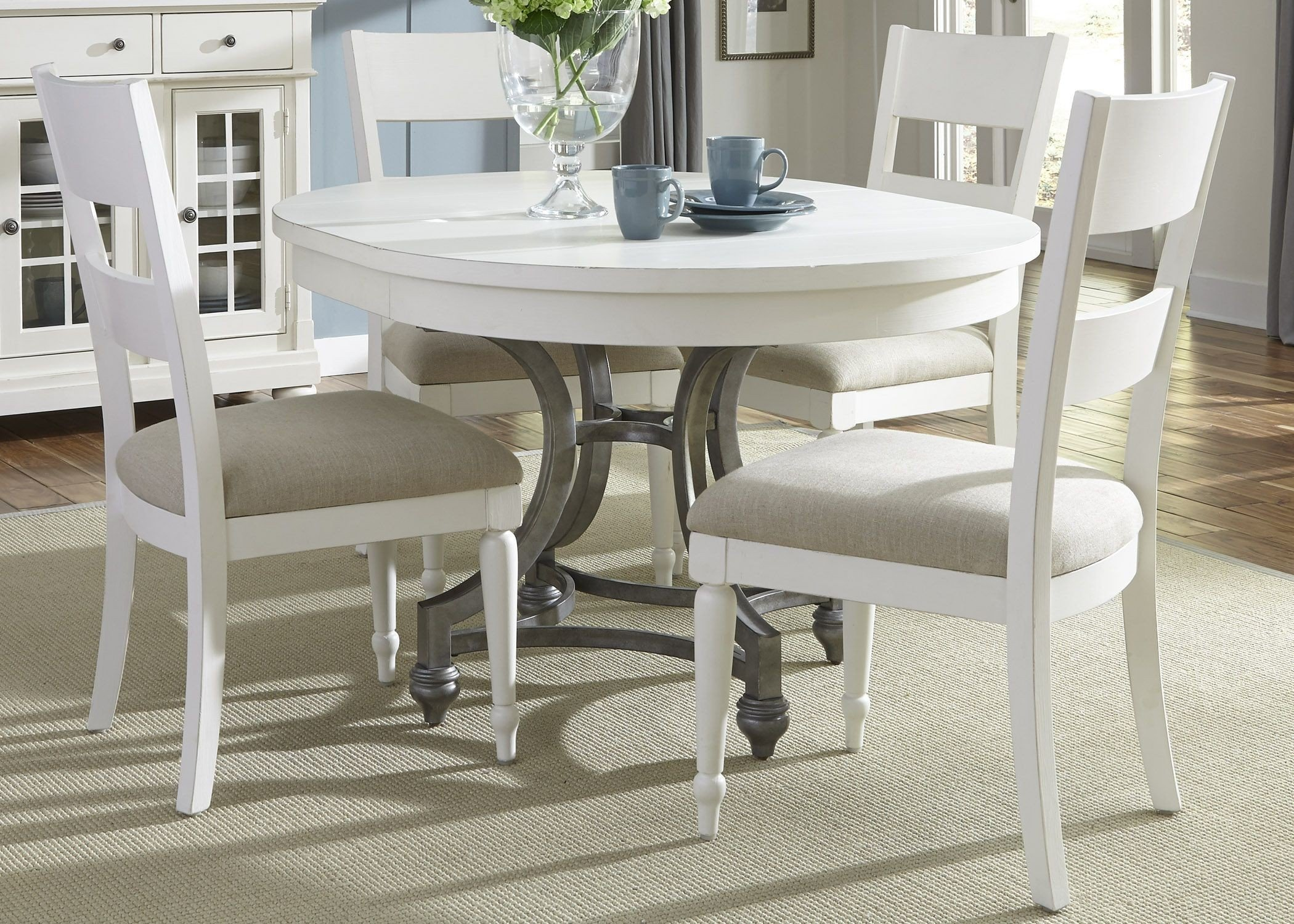 Harbor View Ii Extendable Round Dining Table Media Gallery 2