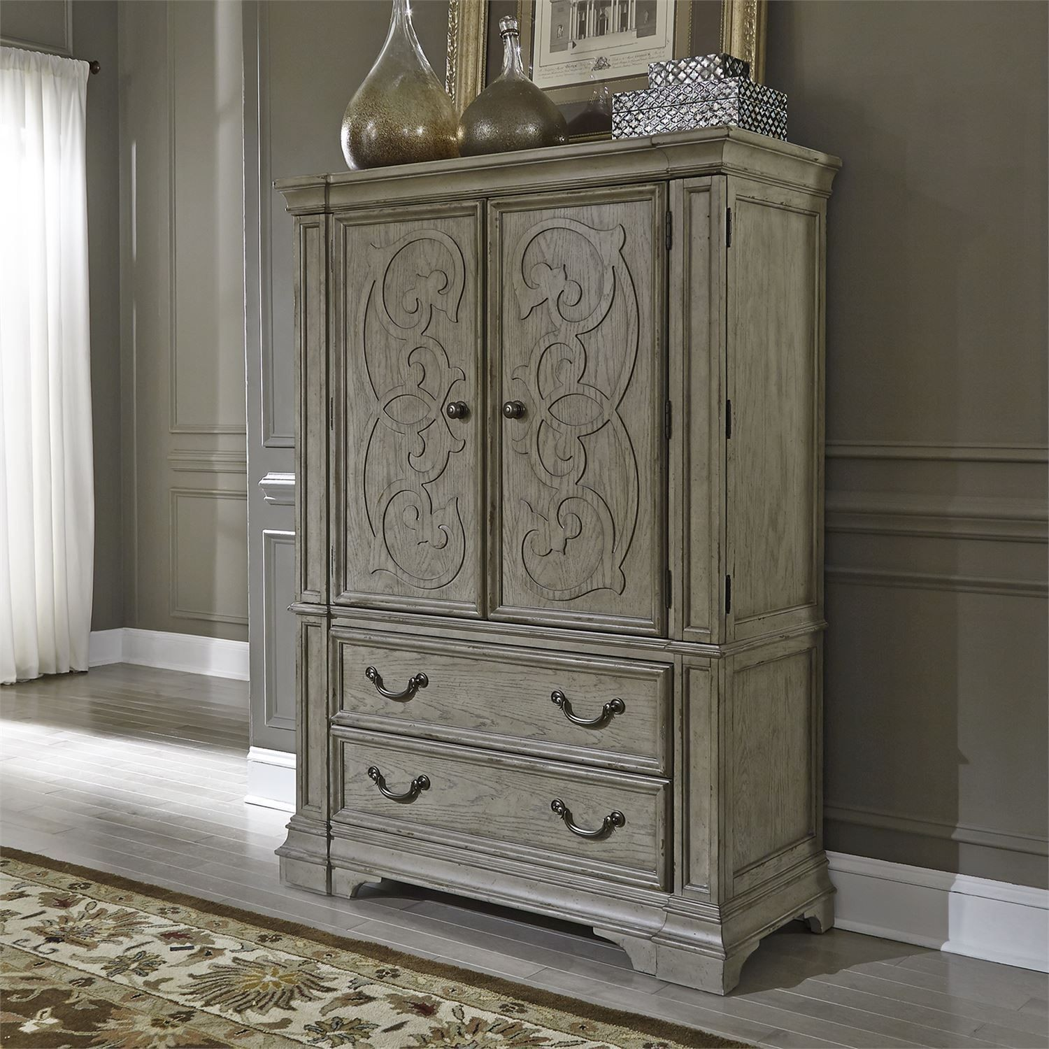 Grey Vintage Bedroom: Grand Estates Gray Taupe With Antique Brown Poster Bedroom
