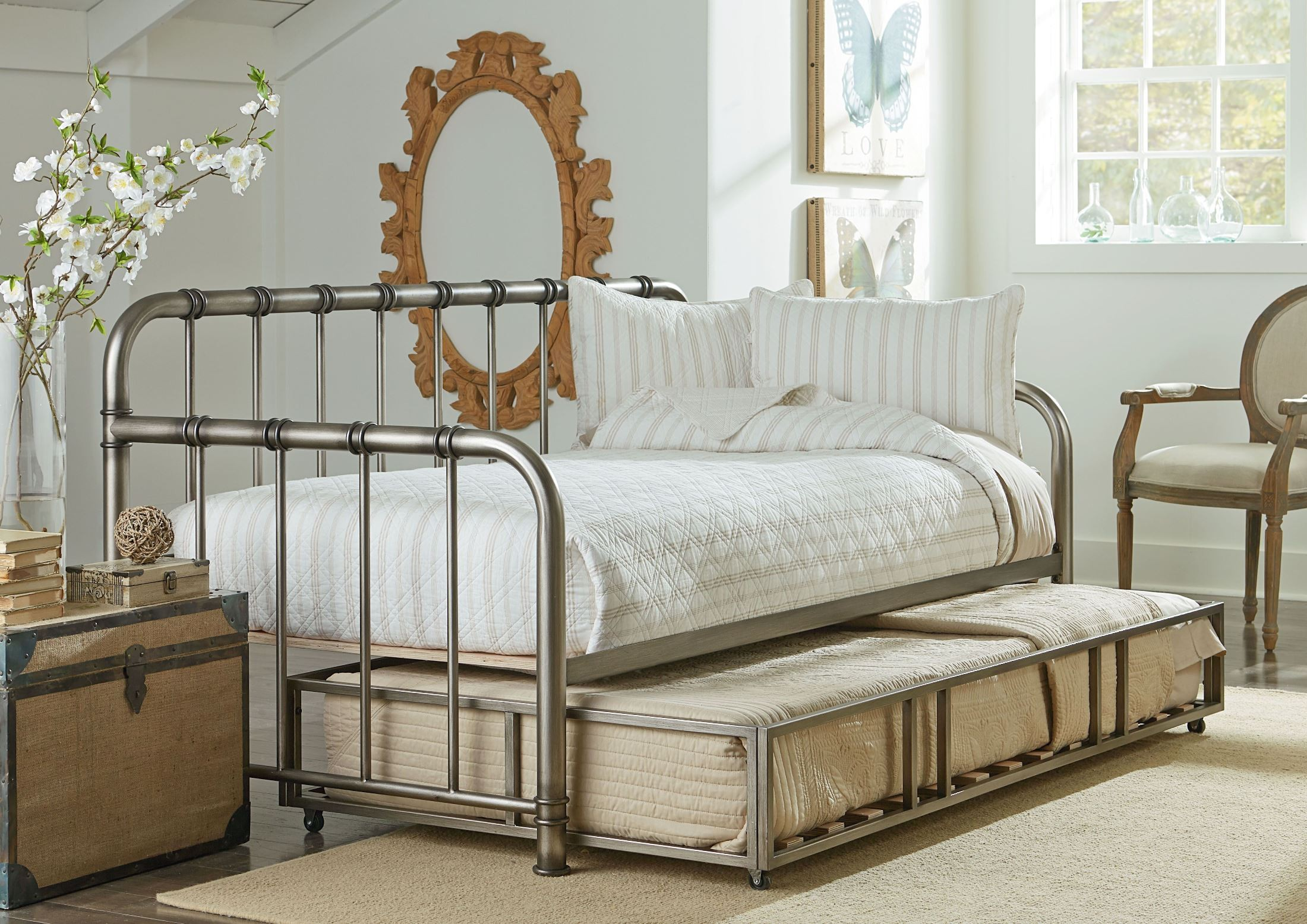 Standard Furniture Tristen Antique Pewter Twin Trundle Daybed