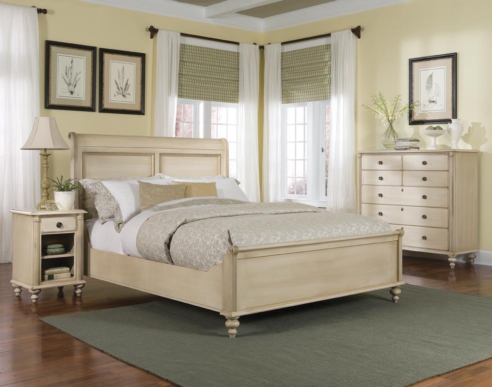 Durham Furniture Savile Row Cal King Sleigh Bed W Low