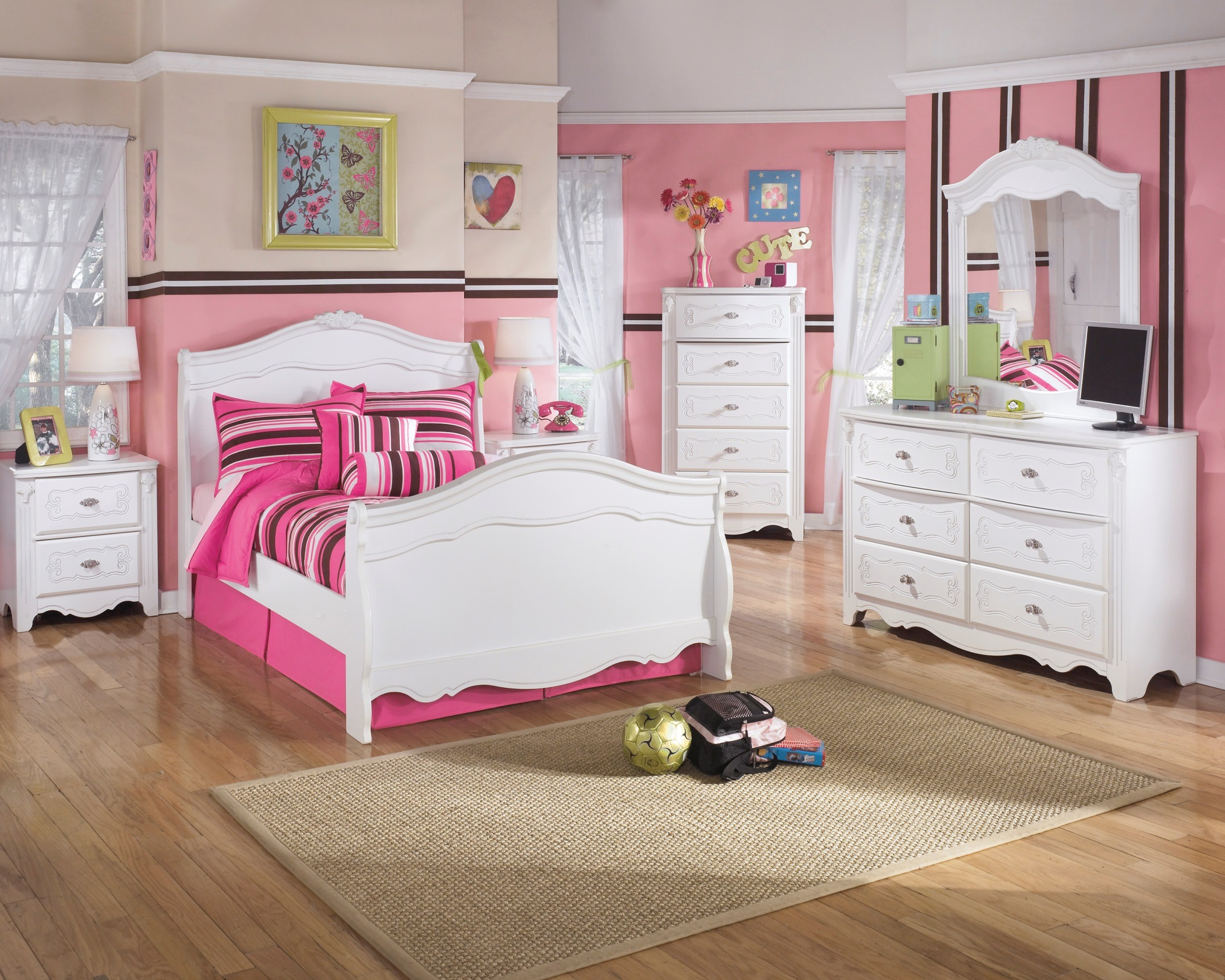 signature design by ashley exquisite bedroom desk with hutch rh 1stopbedrooms com Office Desk with Hutch Computer Desk with Hutch