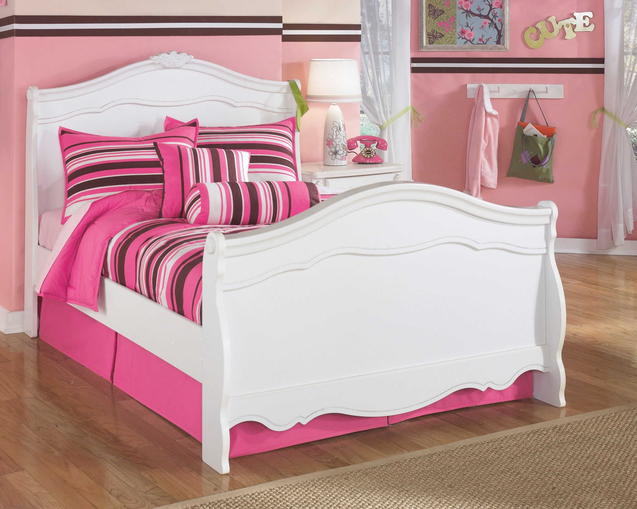 Signature design by ashley exquisite youth sleigh bedroom - Ashley bedroom furniture reviews ...