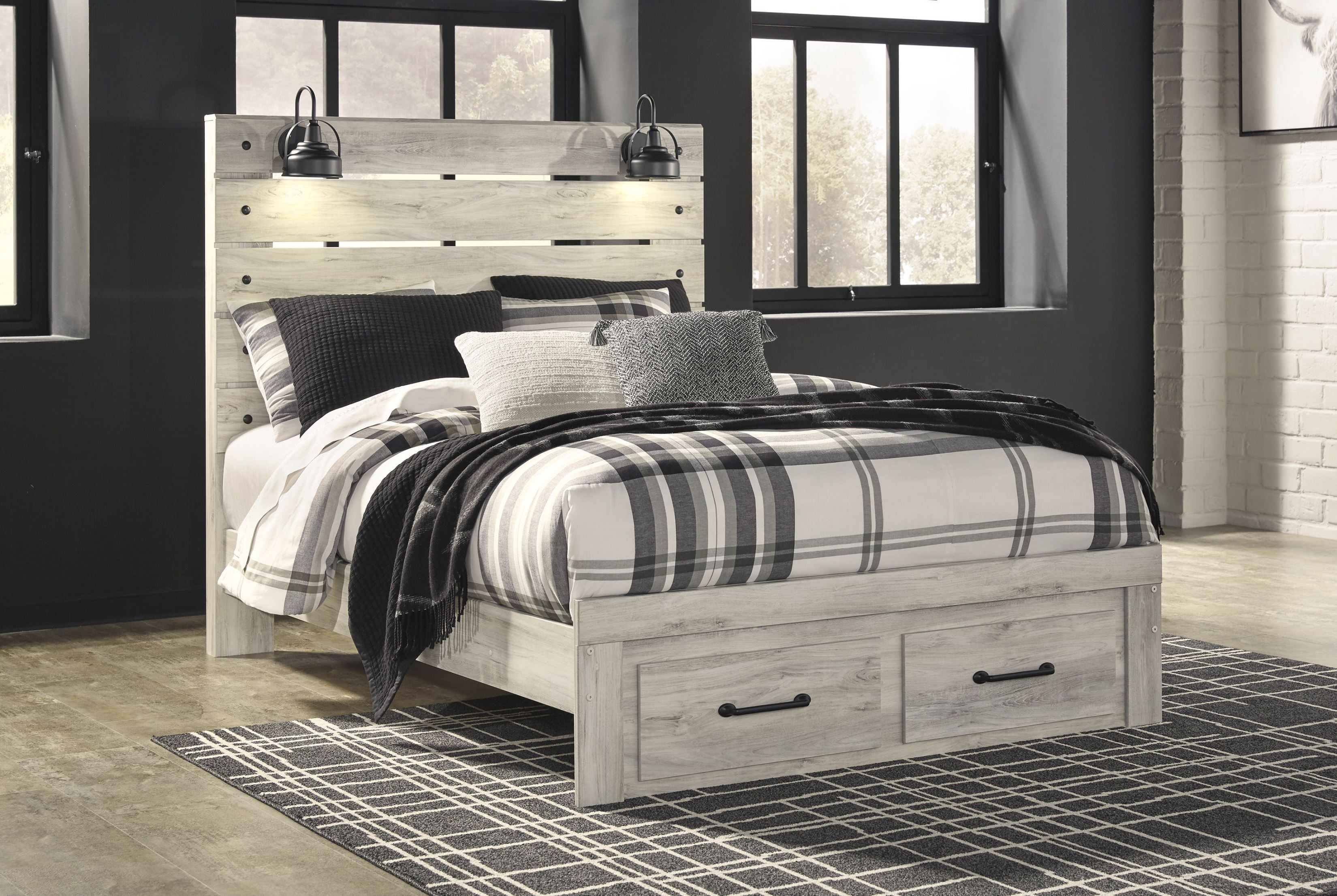 Cambeck Whitewash Panel Storage Bedroom Set