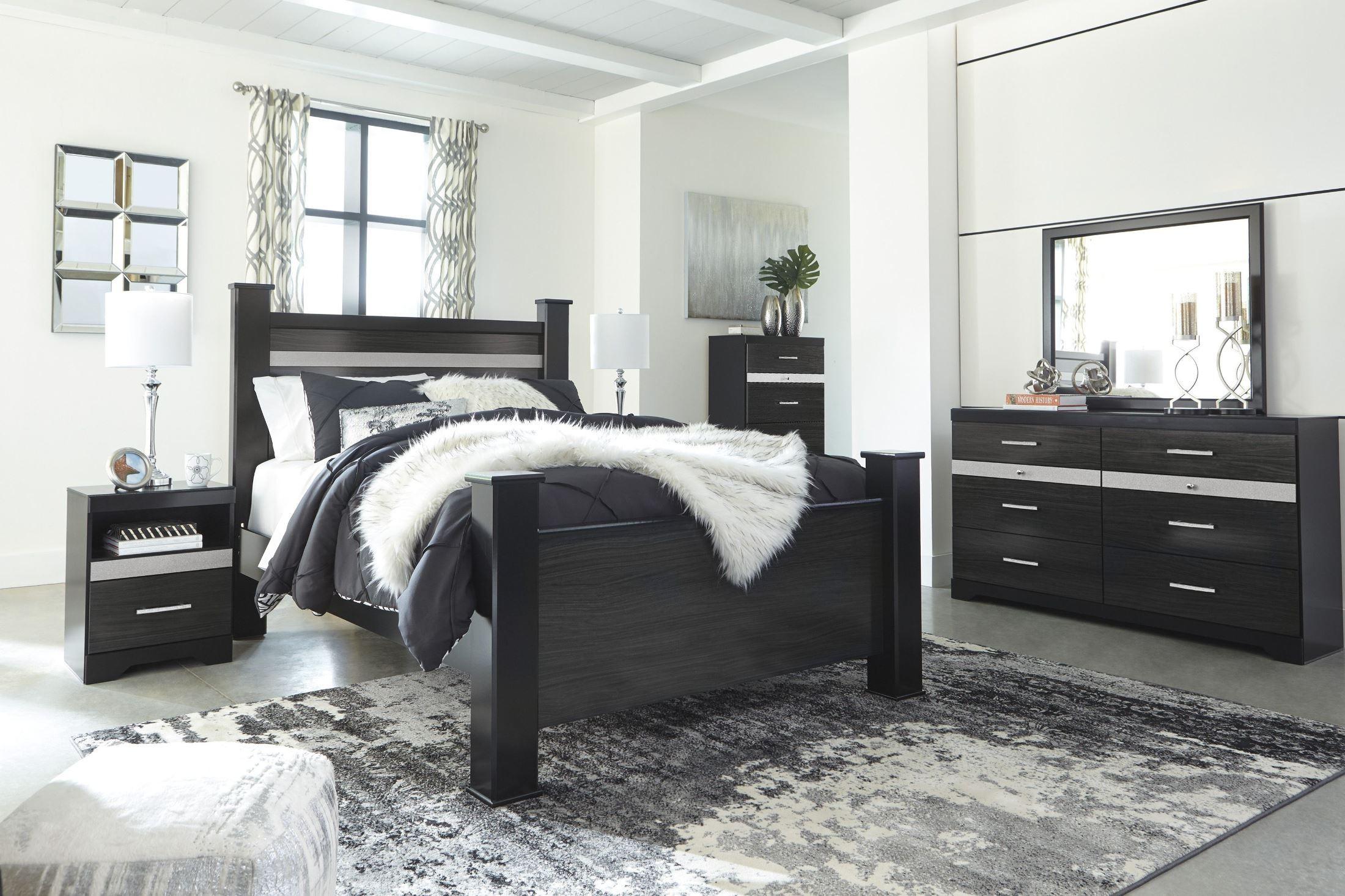 Starberry Black Poster Bedroom Set