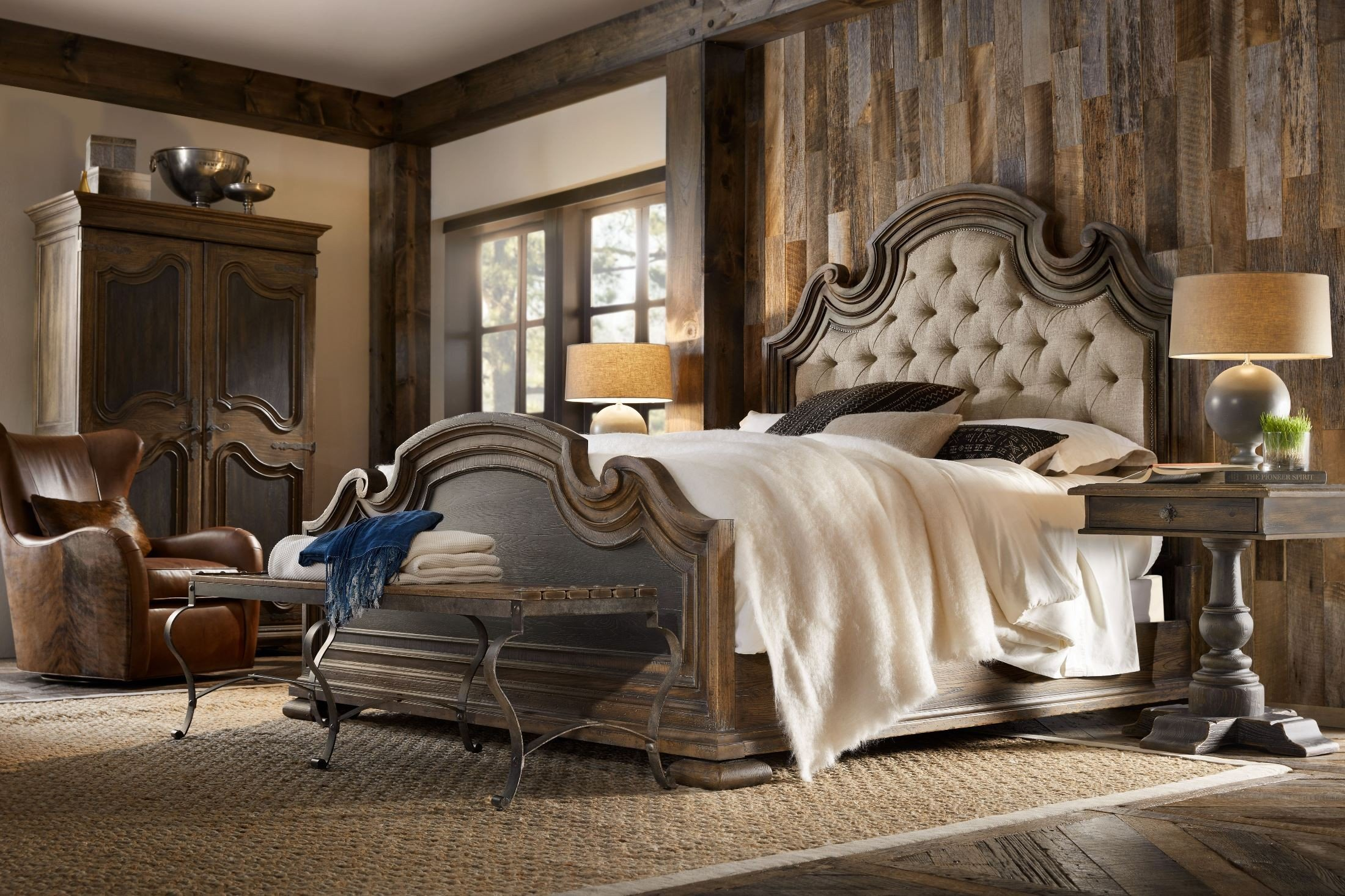 Hill Country Fair Oaks Saddle Brown And Black Queen Upholstered Bedroom Set 1stopbedrooms