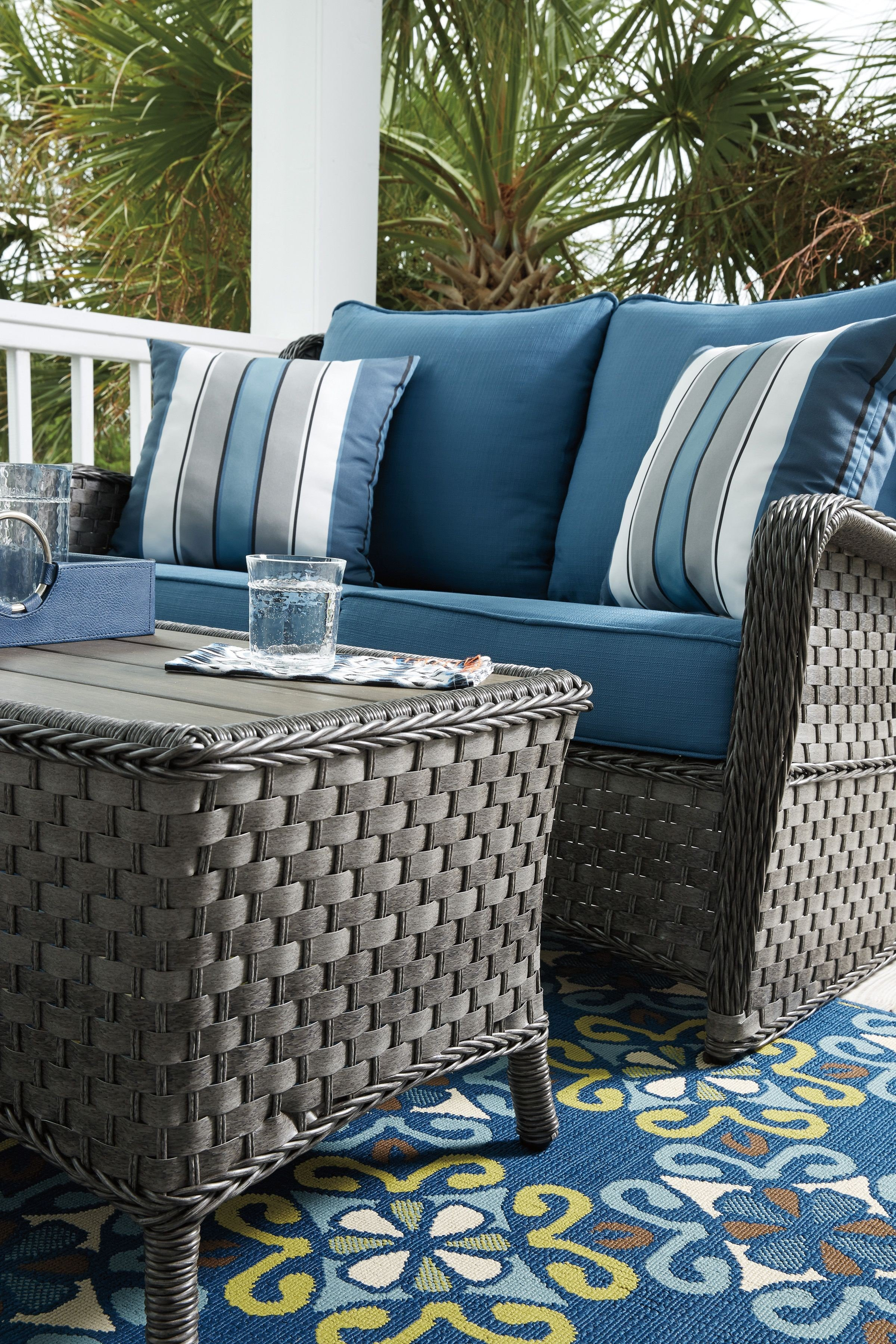 Abbots Court Blue And Gray Outdoor Loveseat With Table