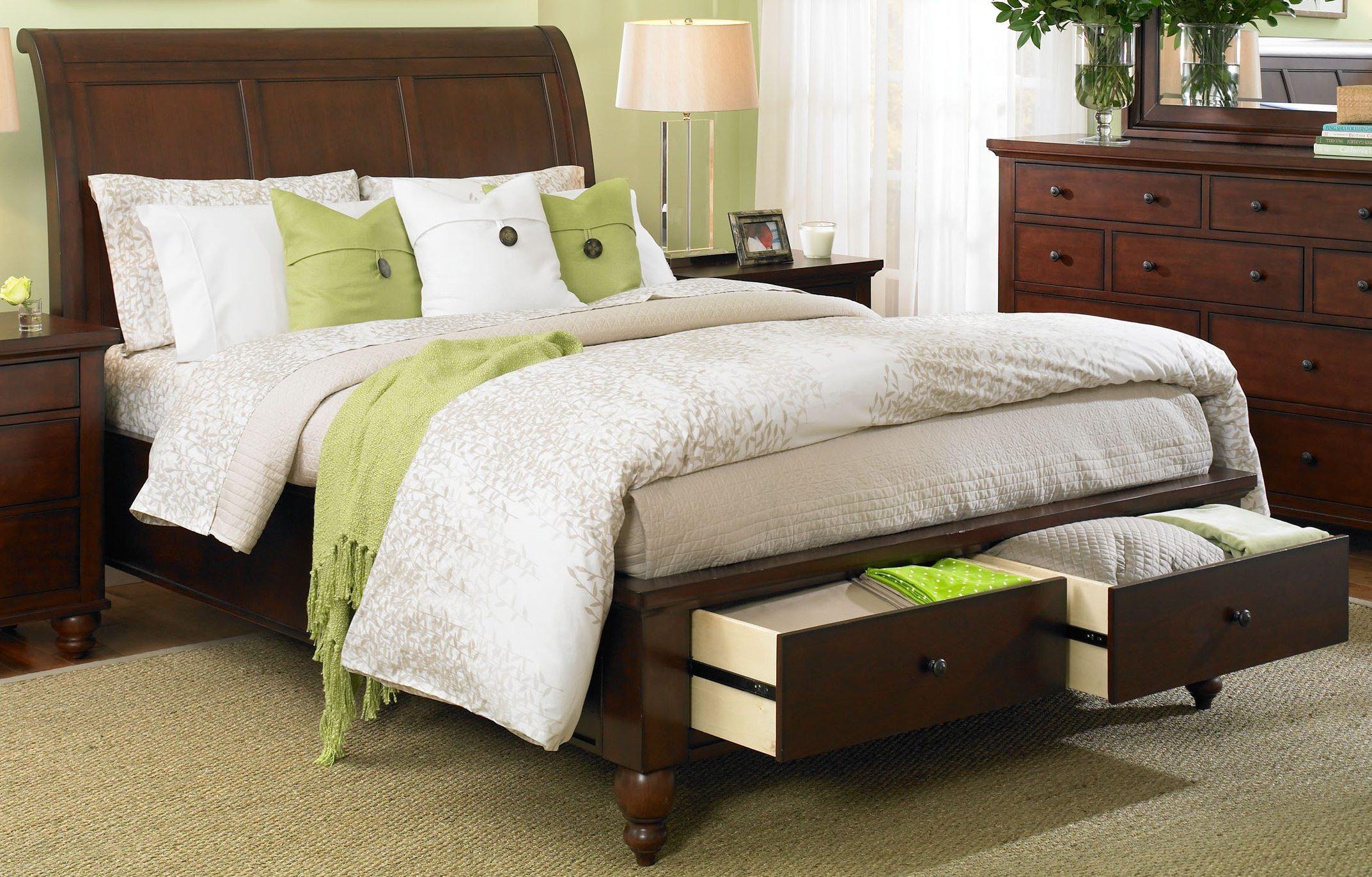 Aspenhome Cambridge Eastern King Sleigh Storage Bed in Brown Cherry